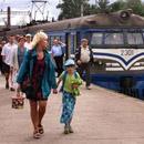 Электропоезд Elektriraudtee на перроне таллиннского железнодорожного вокзала. Фото : Postimees .