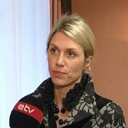Министр по делам народонаселения Урве Пало . Фото : ETV24.EE .